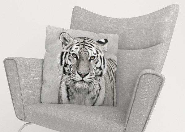Image of Wellmira Koristetyynyliina BEAUTIFUL TIGER 45x45 cm