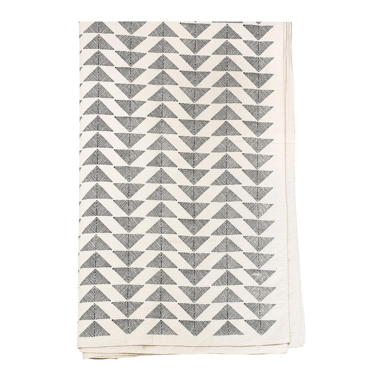 Afroart Pyramid Päiväpeitto 160x270cm, Musta/Valkoinen