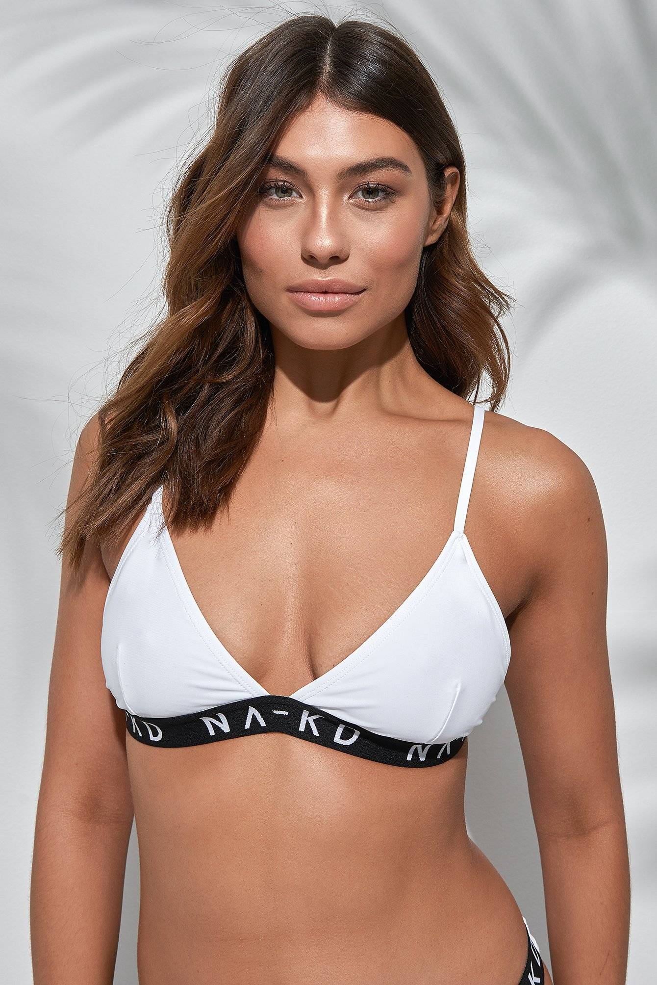 NA-KD Swimwear Sporty Logo Triangle Bikini - White