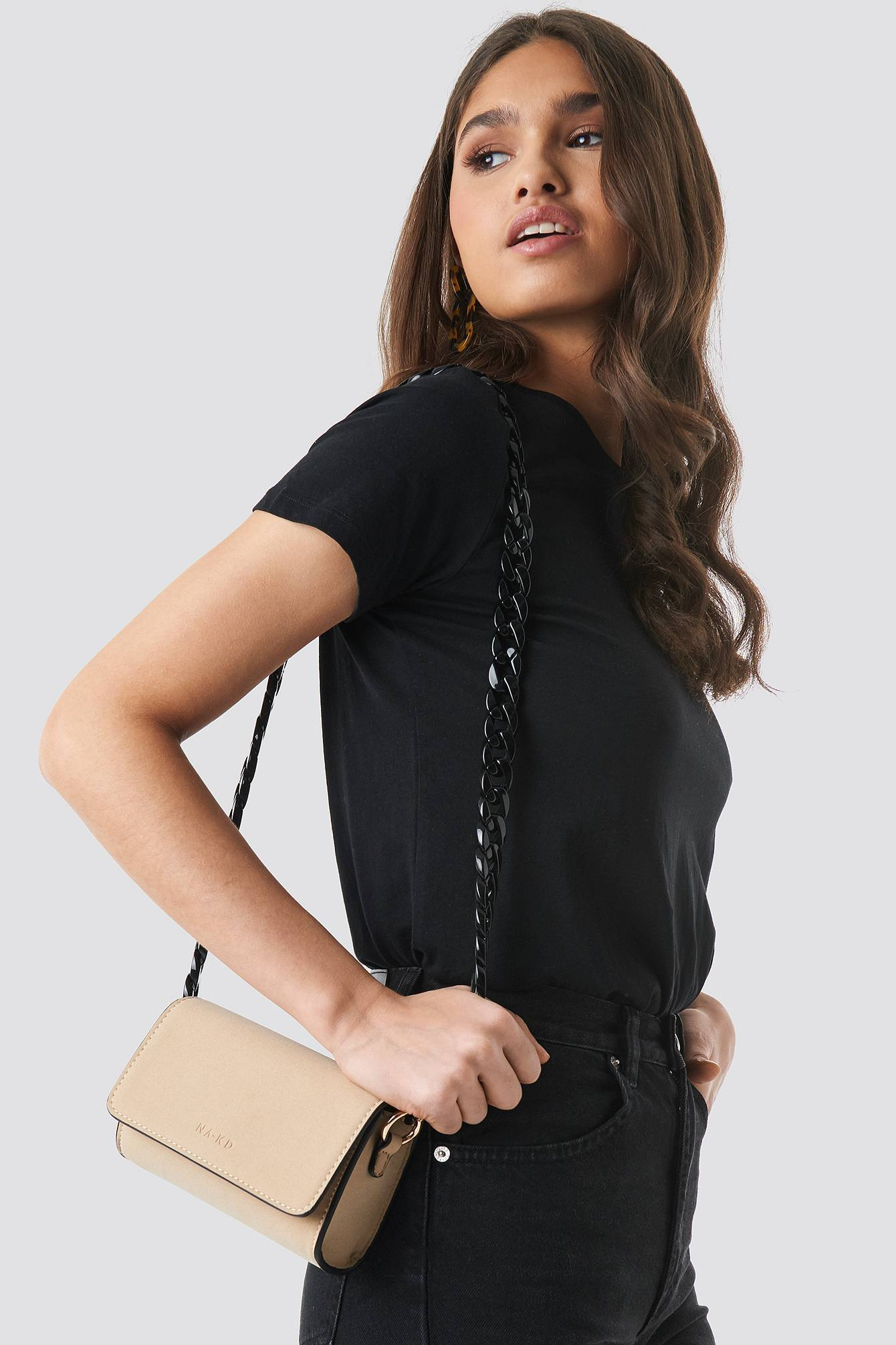 NA-KD Accessories Pop Chain Cross Body Bag - Beige