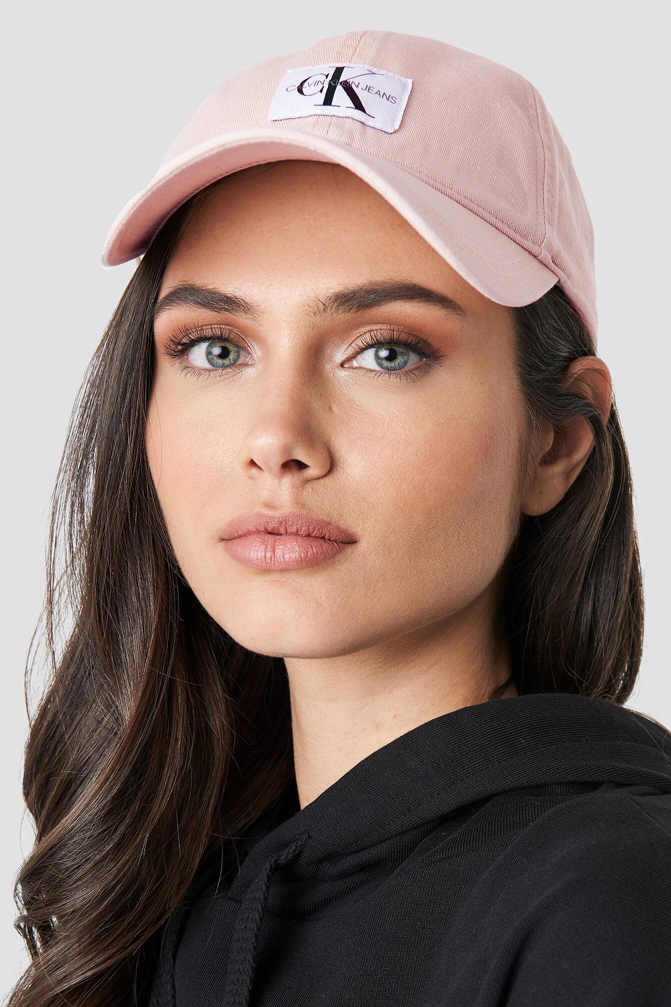 Calvin Klein J Monogram Cap W - Pink