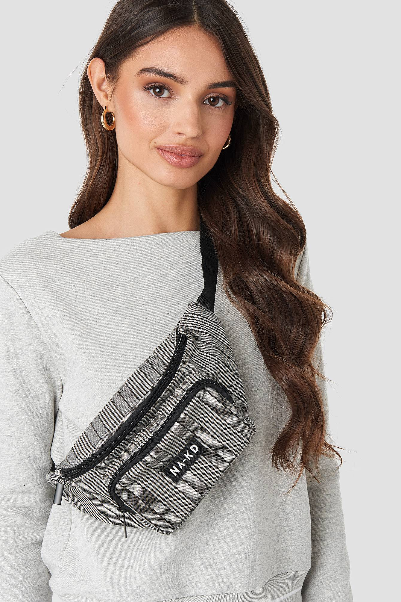 NA-KD Accessories Checked Fanny Pack - Black  - Size: One Size