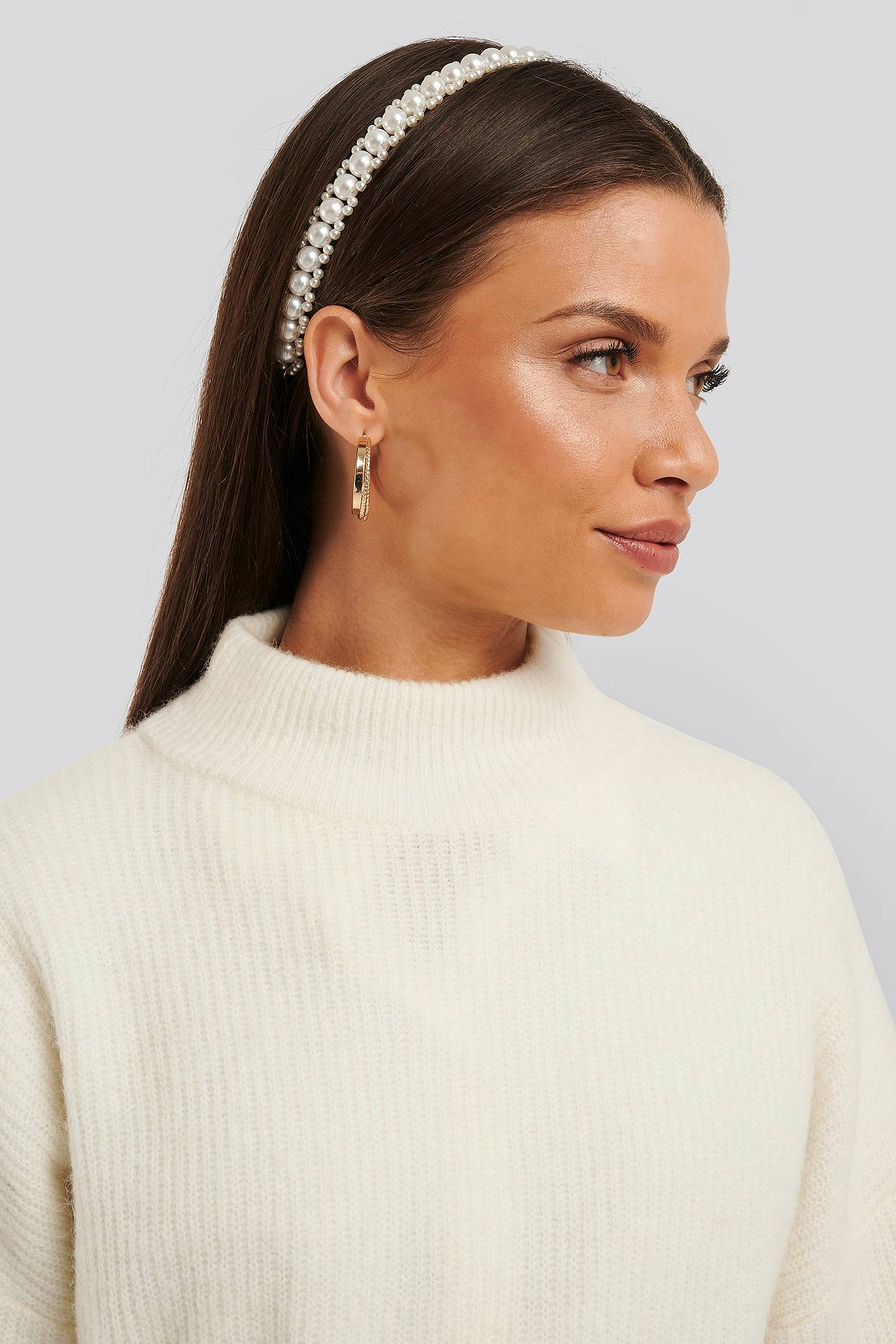 Image of NA-KD Accessories Layered Pearl Hair Hoop - White