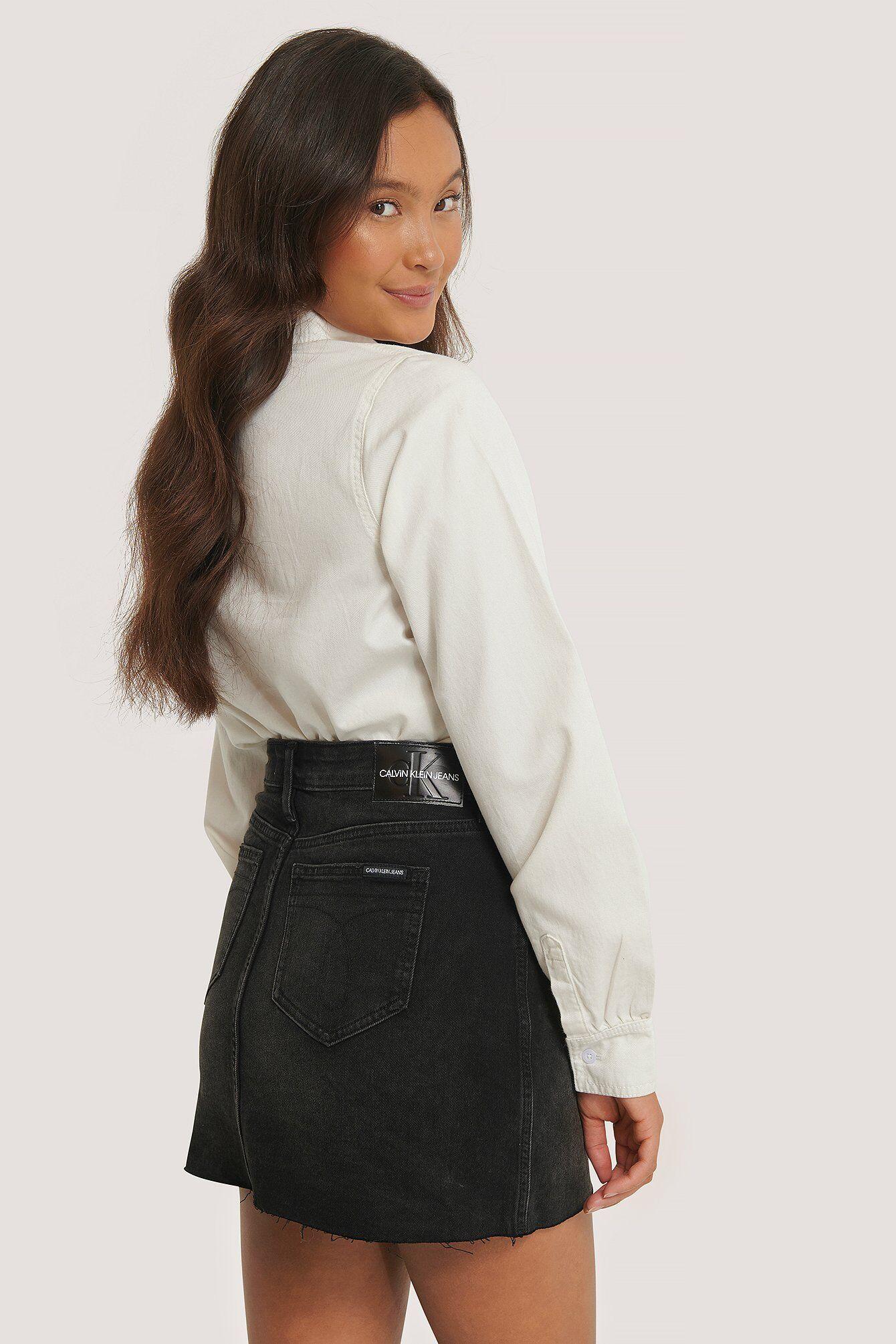 Calvin Klein Mid Rise -Minihame - Black  - Size: W24,W25,W26,W27,W28,W29,W30