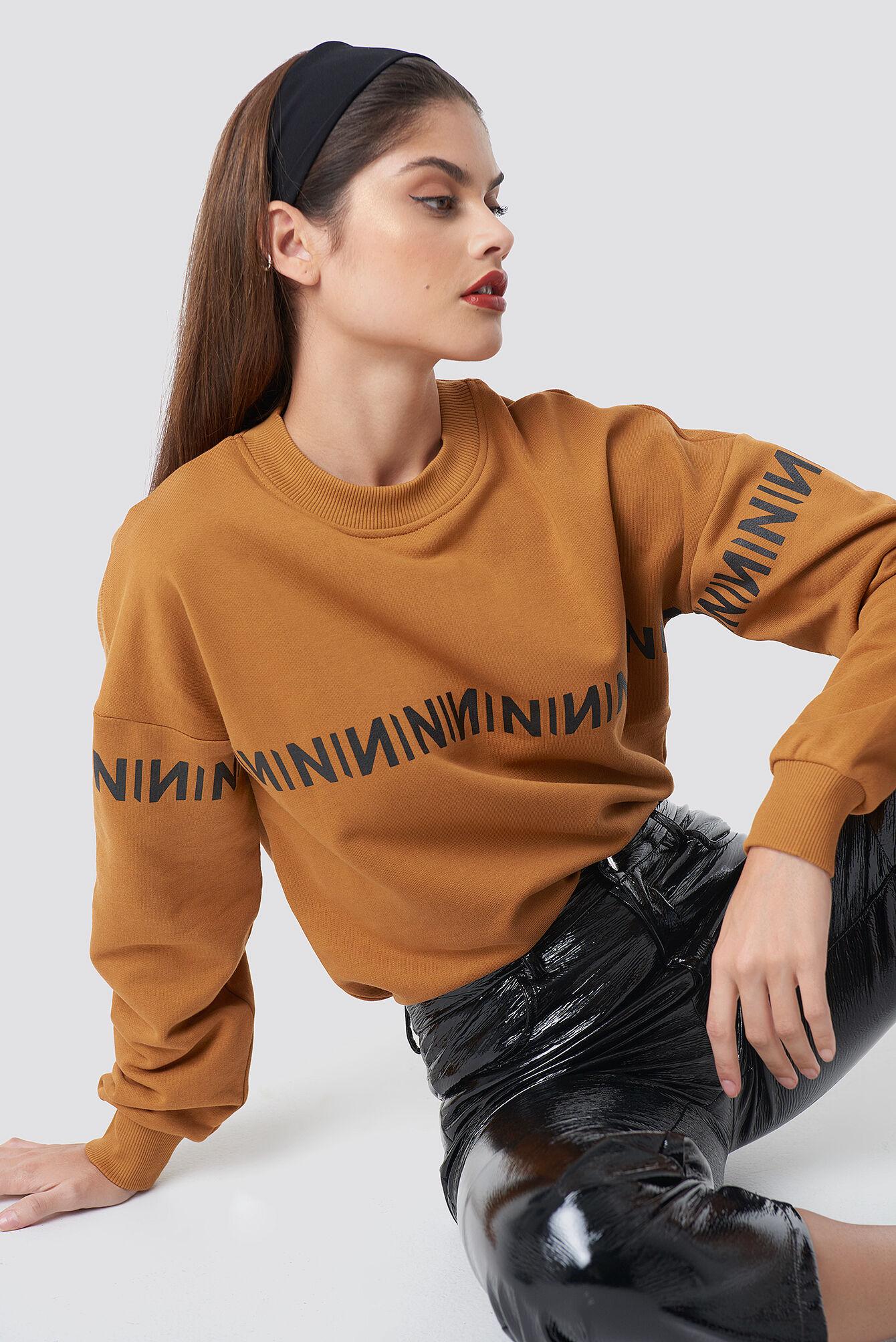 NA-KD Trend N Branded Sweatshirt - Orange