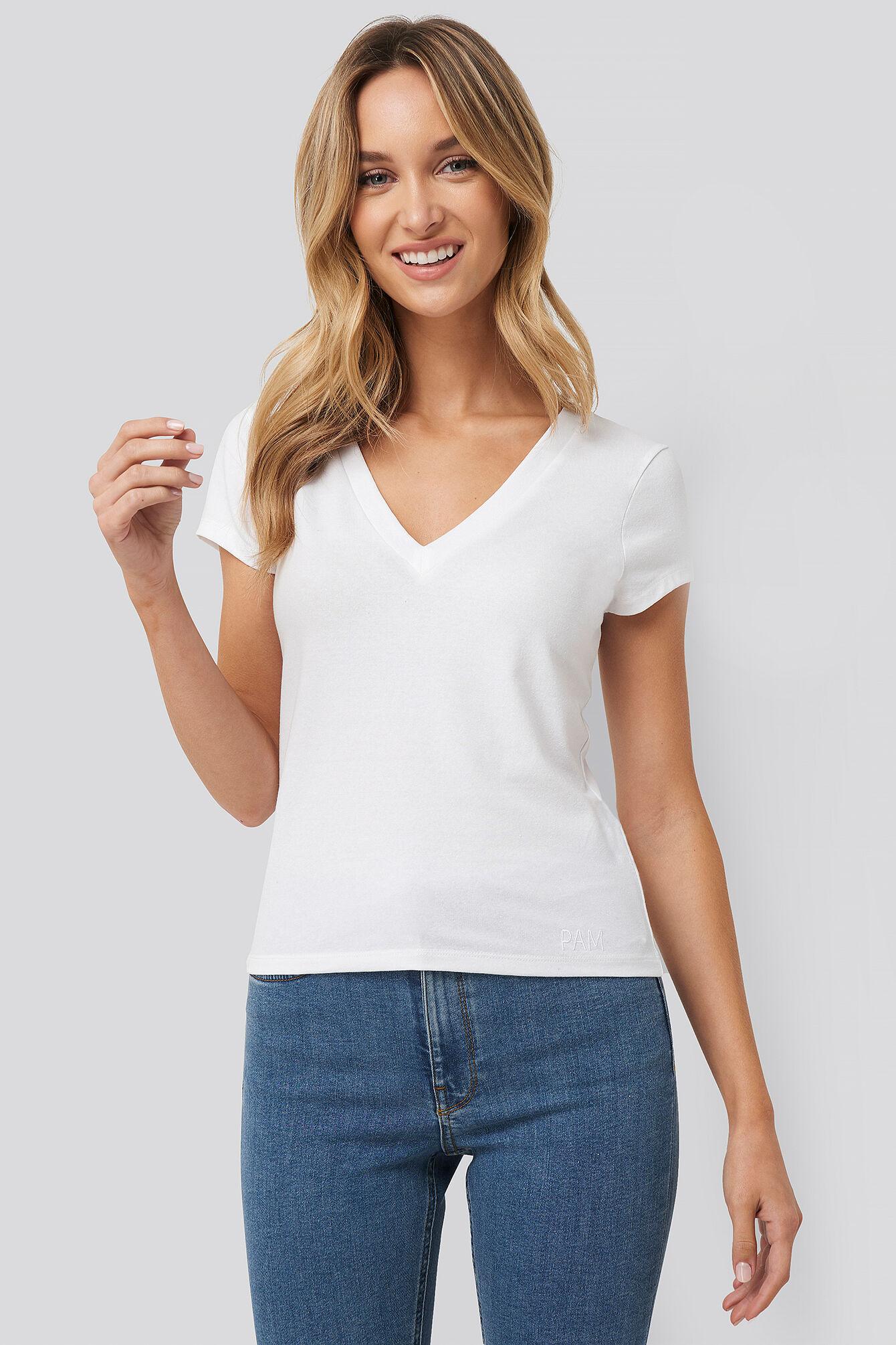 Pamela x NA-KD Deep V-Neck T-shirt - White  - Size: Small
