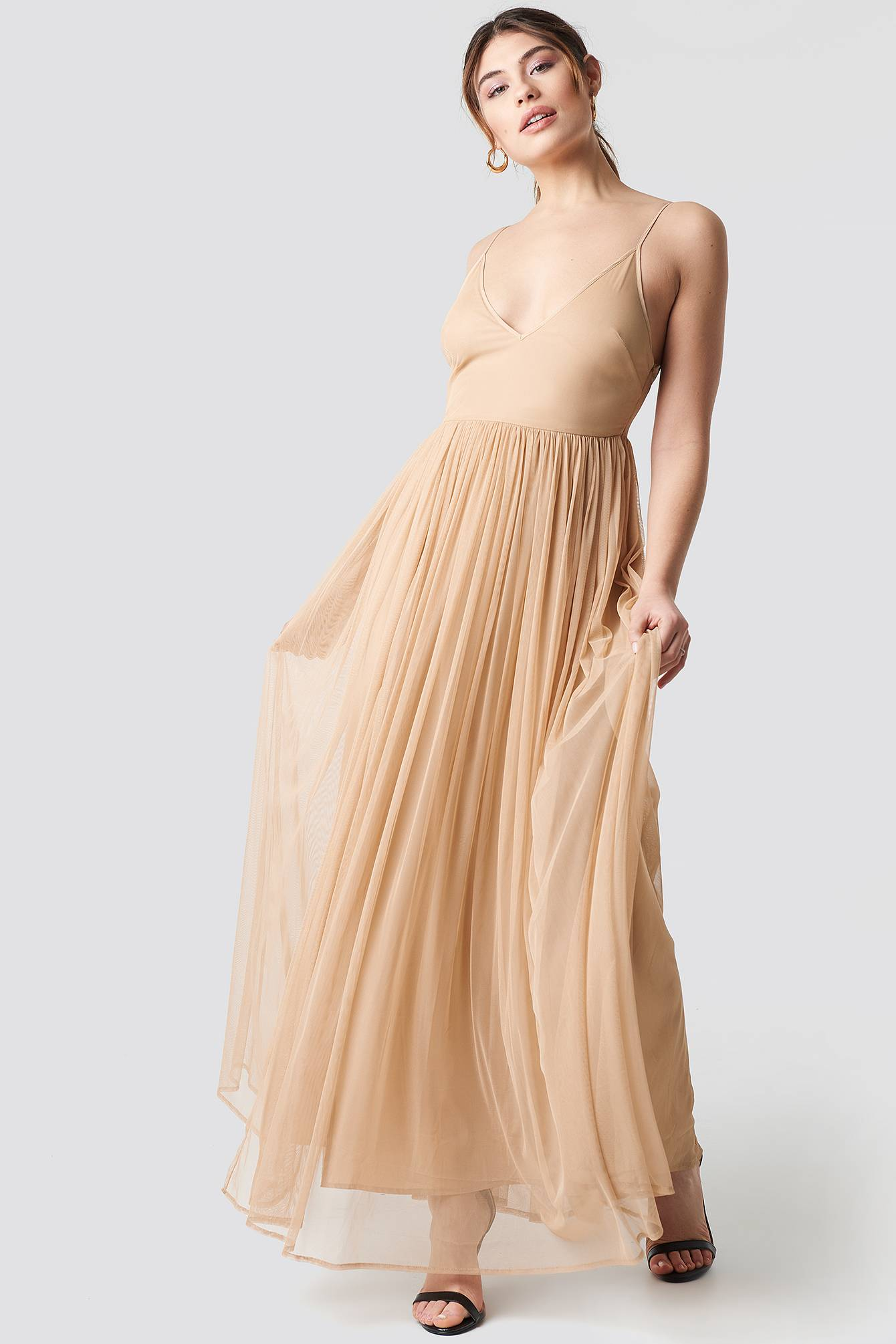 Image of Pamela x NA-KD Front Slit Flowy Dress - Nude