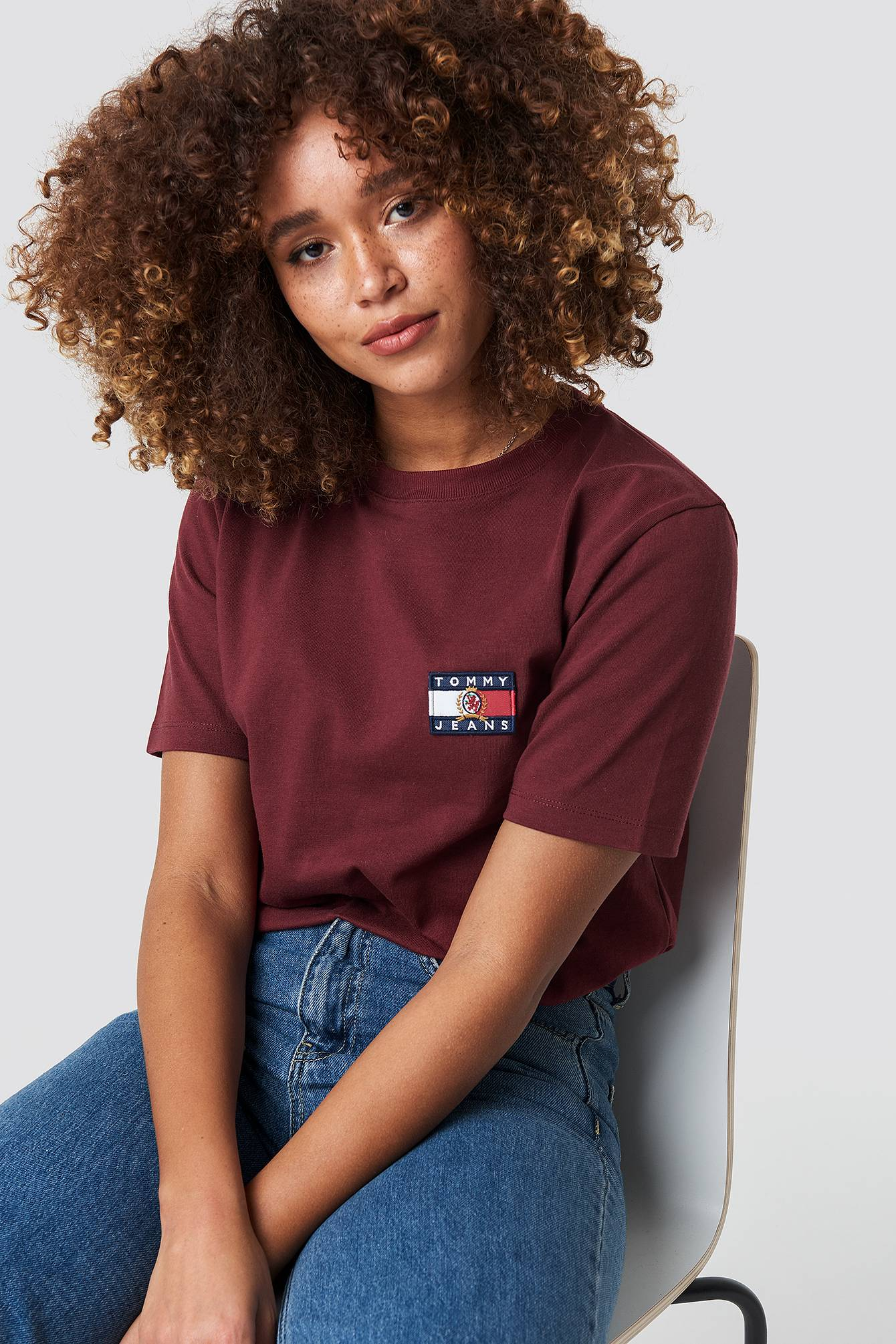 Tommy Jeans Crest Flag Tee - Red