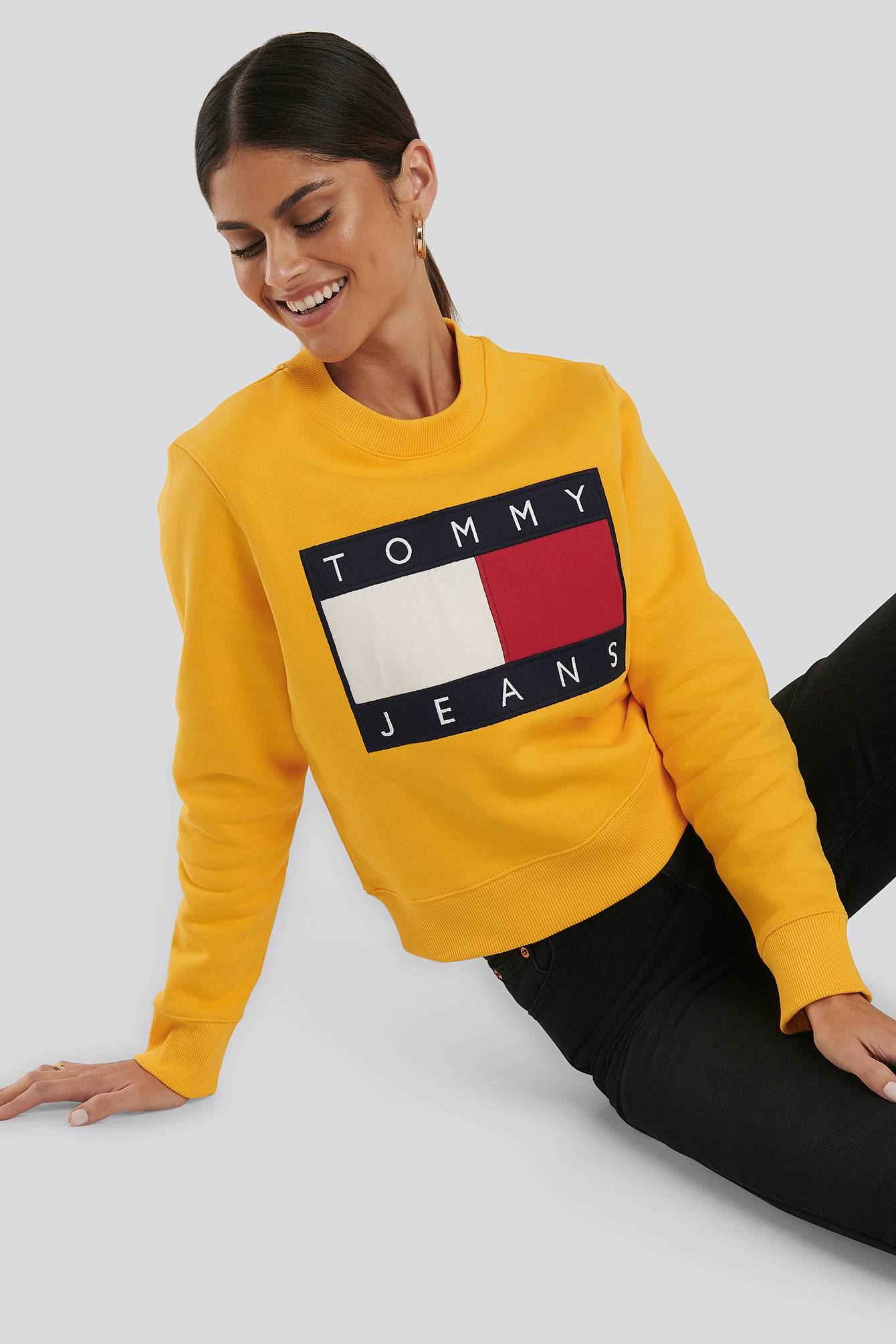 Tommy Jeans Tommy Flag Crew - Yellow  - Size: Small