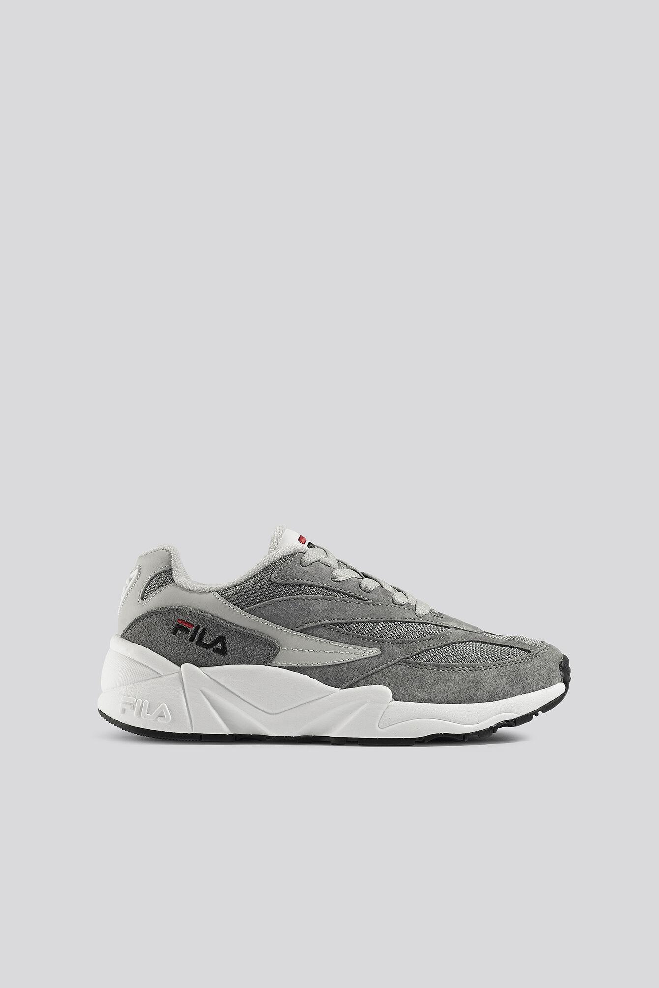FILA V94M Wmn Sneaker - Grey  - Size: EU 36,EU 37,EU 38,EU 39,EU 40,EU 41