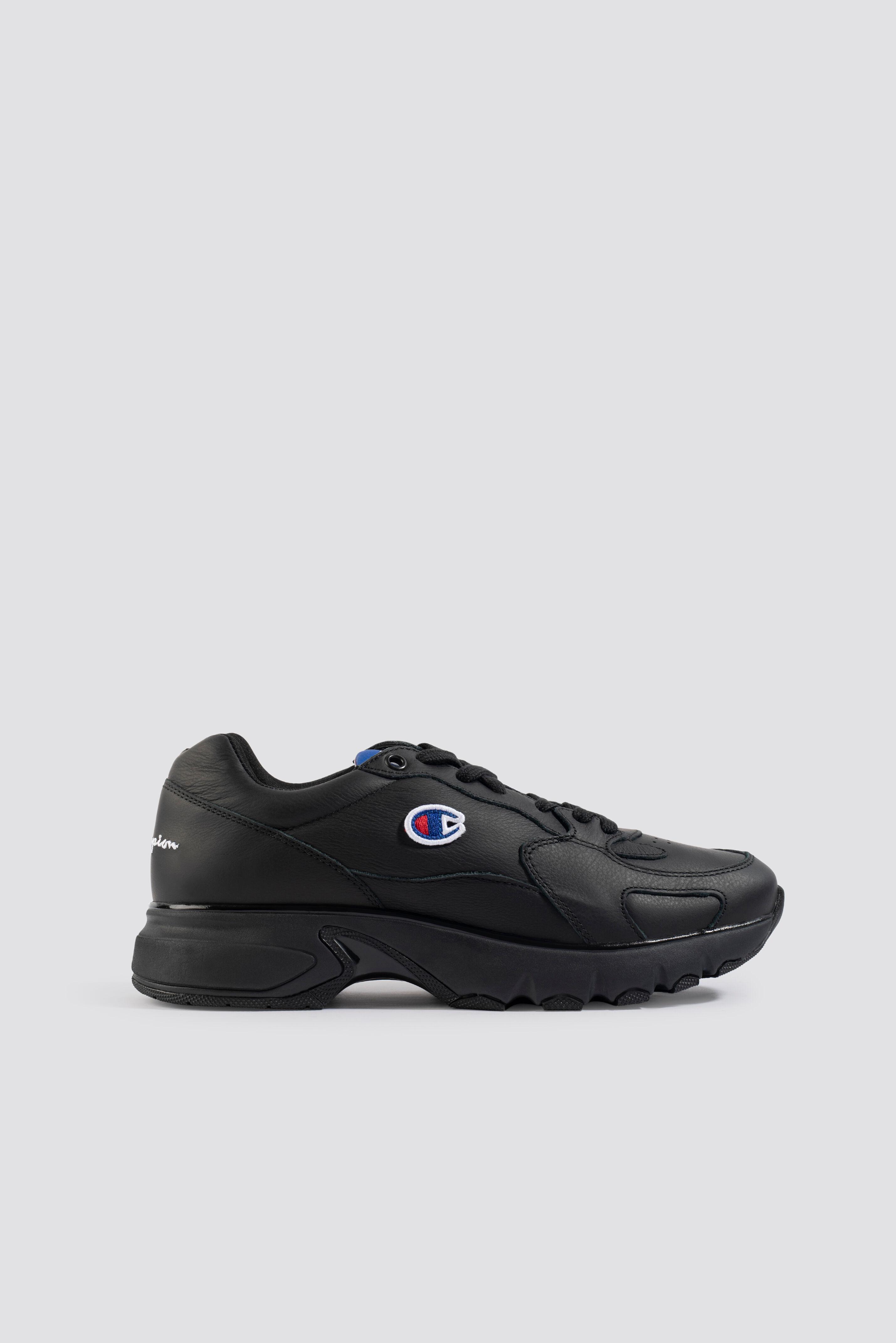 Champion Cwa Low Cut Leather Sneaker - Black  - Size: EU 36,EU 36.5,EU 37.5,EU 38,EU 38.5,EU 39,EU 40,E
