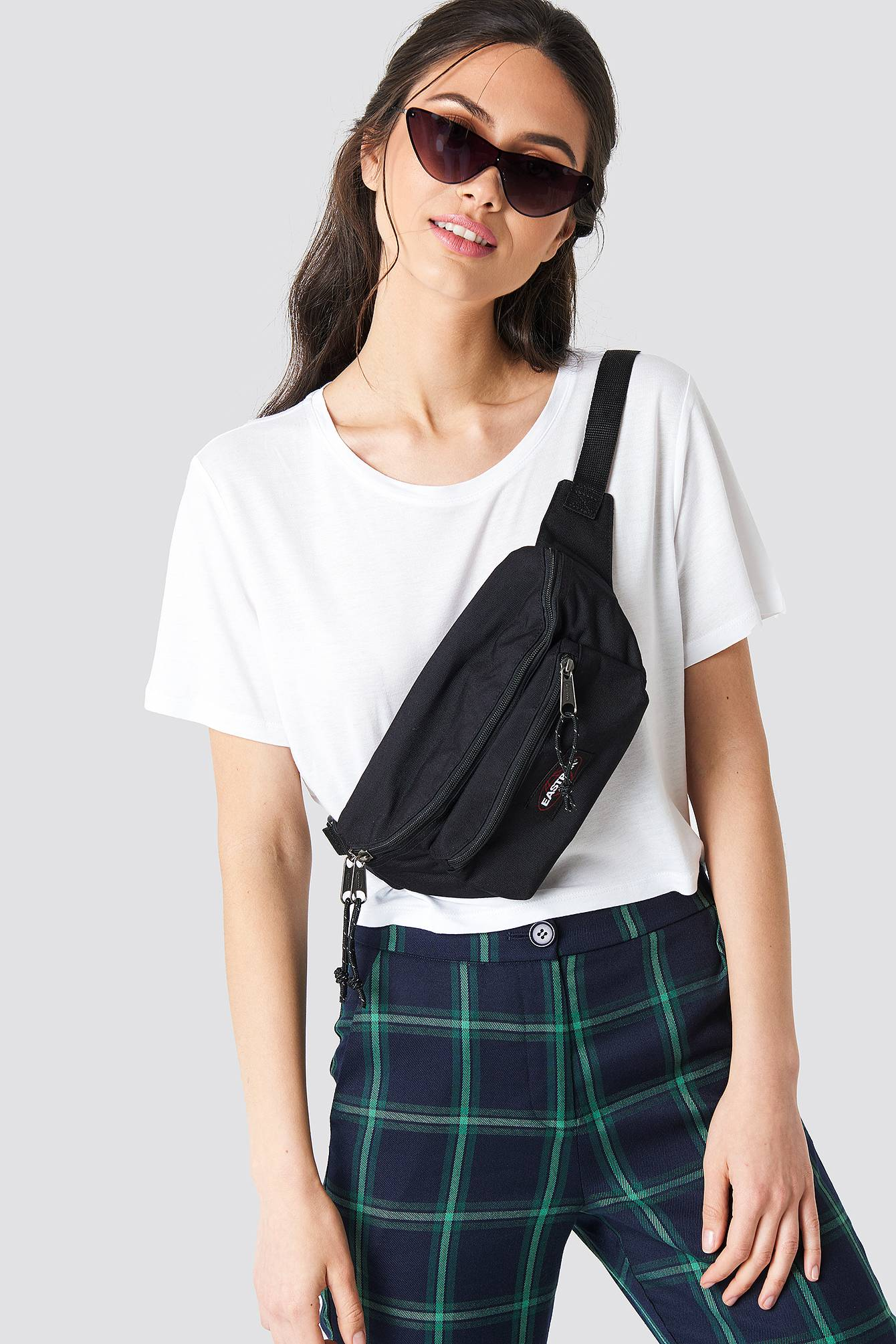Eastpak Doggy Bag - Black  - Size: One Size