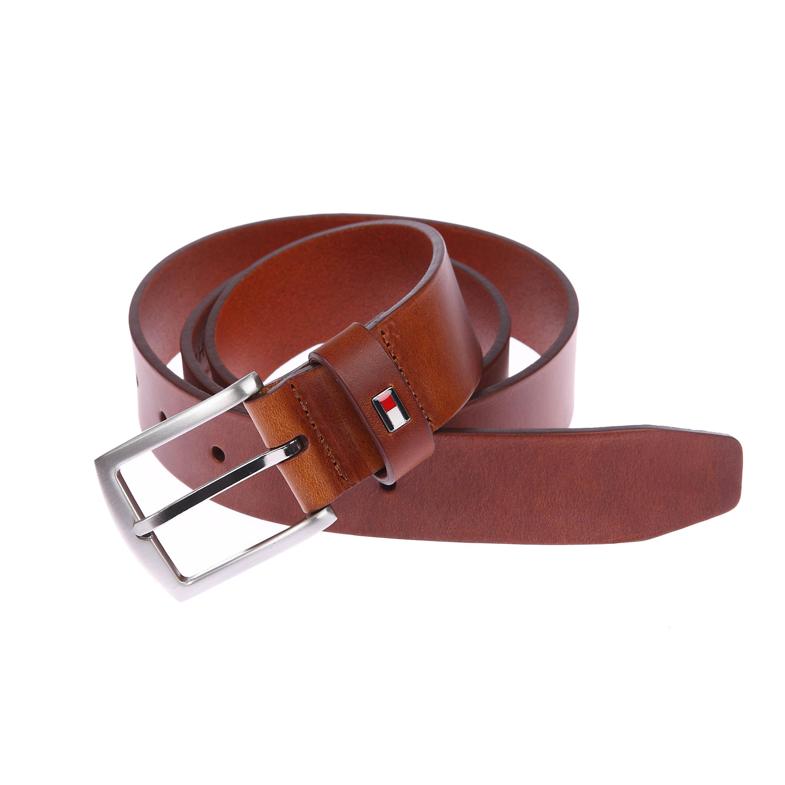 Tommy Hilfiger Accessoires Ceinture New Denton Tommy Hilfiger en cuir marron clair à boucle argentée classique - MARRON - 85 cm