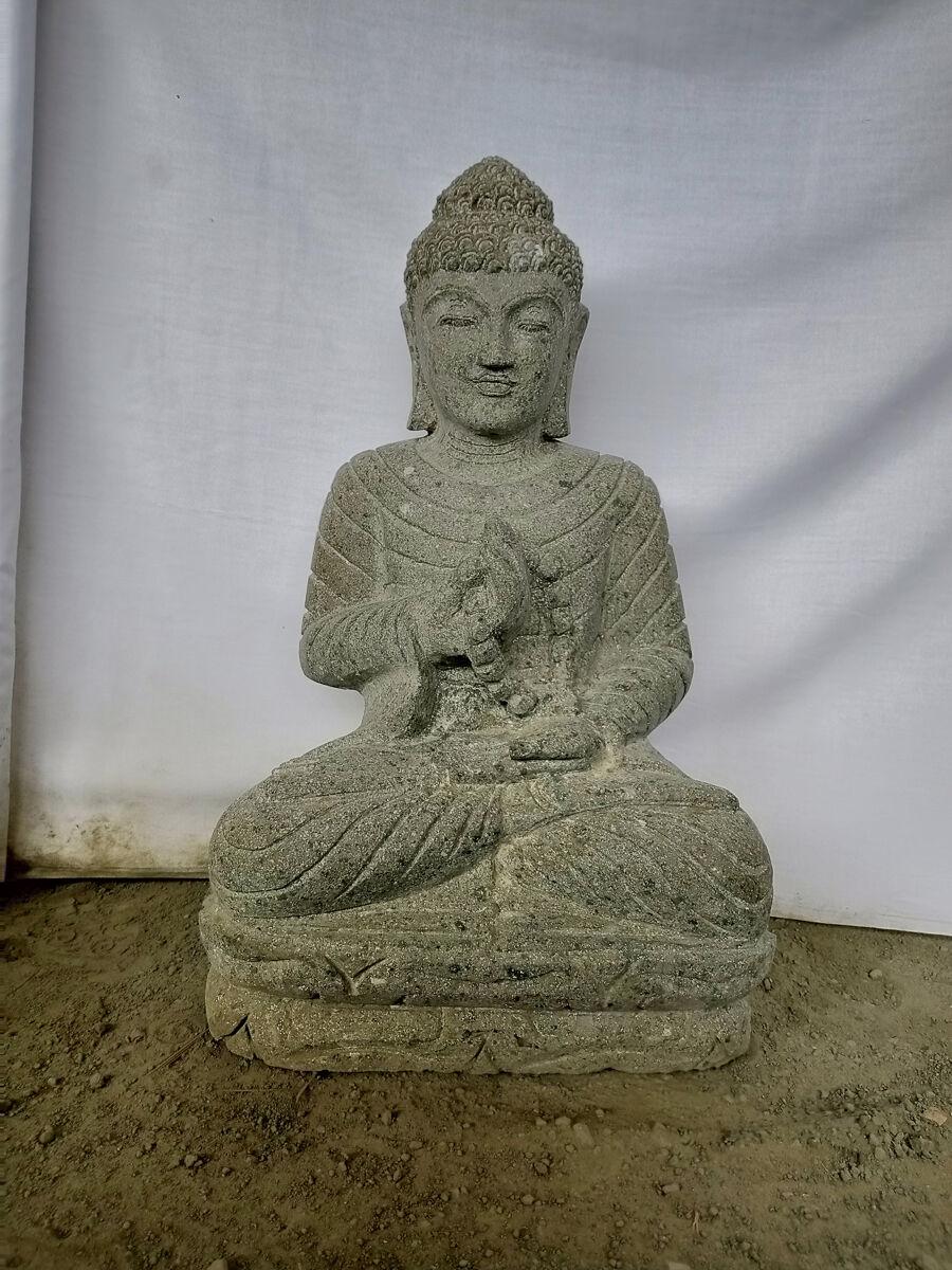Wanda Collection Statue jardin exterieur bouddha sérénité assis pierre volcanique chapelet 50 cm