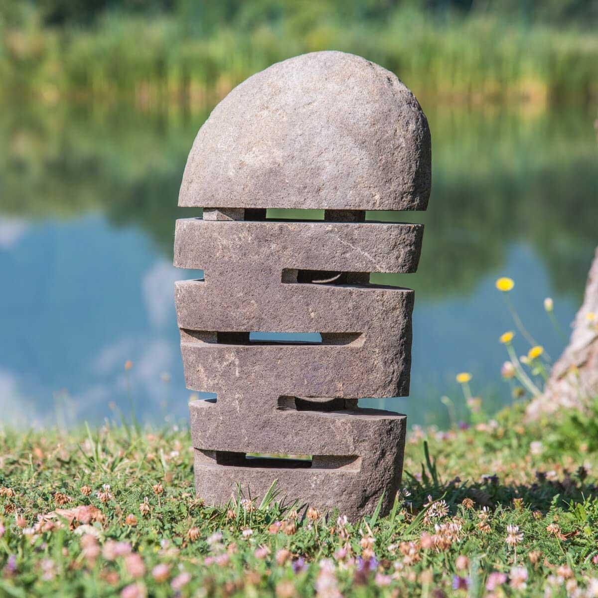 Wanda Collection Lampe de jardin en pierre de rivière 50