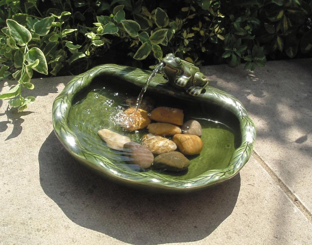 La Boutique Solaire Fontaine grenouille