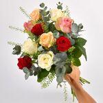 interflora  Interflora Bouquet Rouge pastel Rouge Pastel est un charmant... par LeGuide.com Publicité