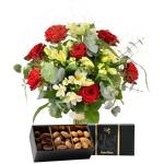 interflora  Interflora Bouquet Dolce vita et ses amandes au chocolat Dolce... par LeGuide.com Publicité