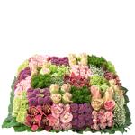 interflora  Interflora Bouquet Damier Damier est un coussin deuil carré,... par LeGuide.com Publicité