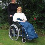 nrs  NRS Couvre-jambes en polaire pour fauteuil roulant Restez au chaud... par LeGuide.com Publicité