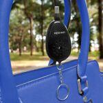 nrs  NRS Porte-clés alarme personnelle Longueur : 7 cm Largeur : 4 cm par LeGuide.com Publicité