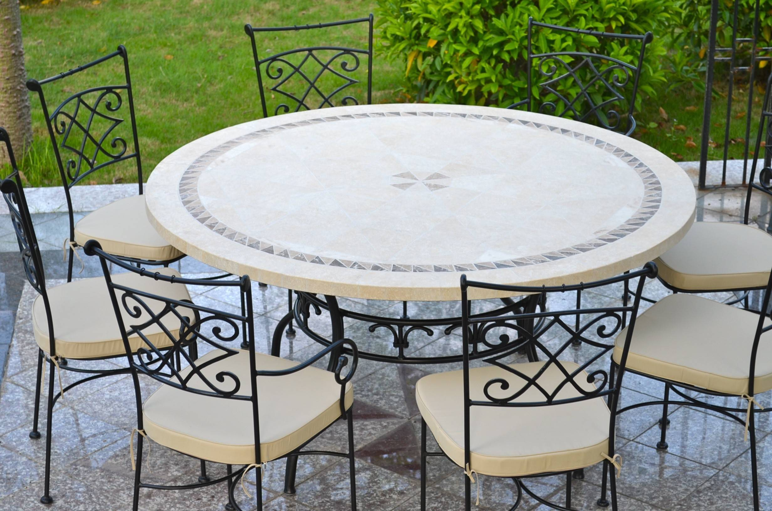 LivingRoc Table de jardin mosaique ronde pierre marbre 160-125 IMHOTEP
