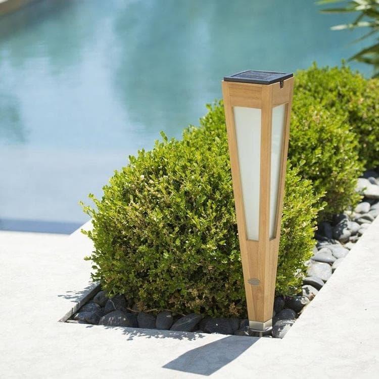 Les Jardins Borne extérieur Les Jardins TINKA TECKA-Torche d'extérieur LED à planter rechargeable & solaire Bois H62cm Bois