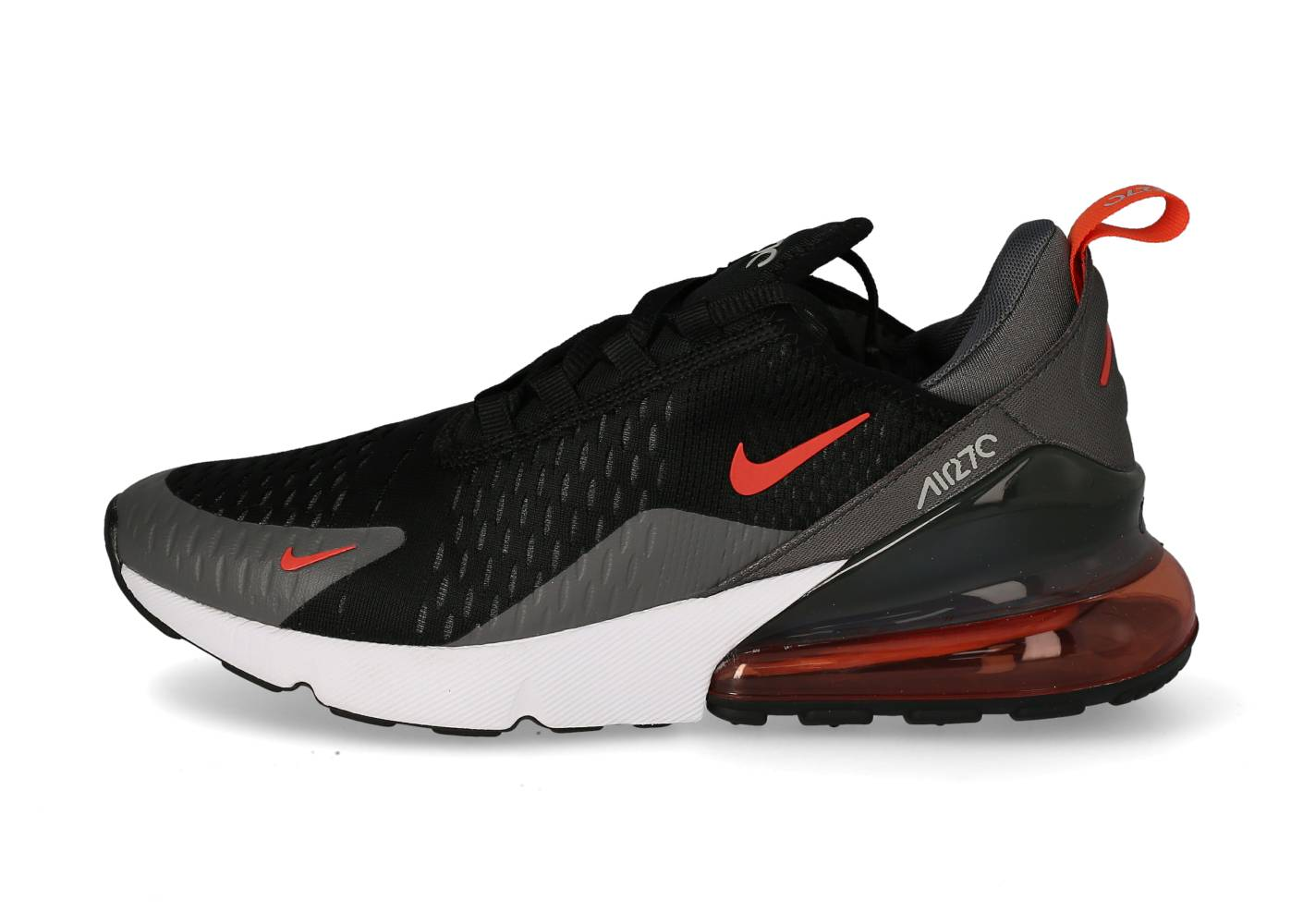 Nike Baskets Nike Nike Air Max 270 Essential Homme Noire Et Grise 43
