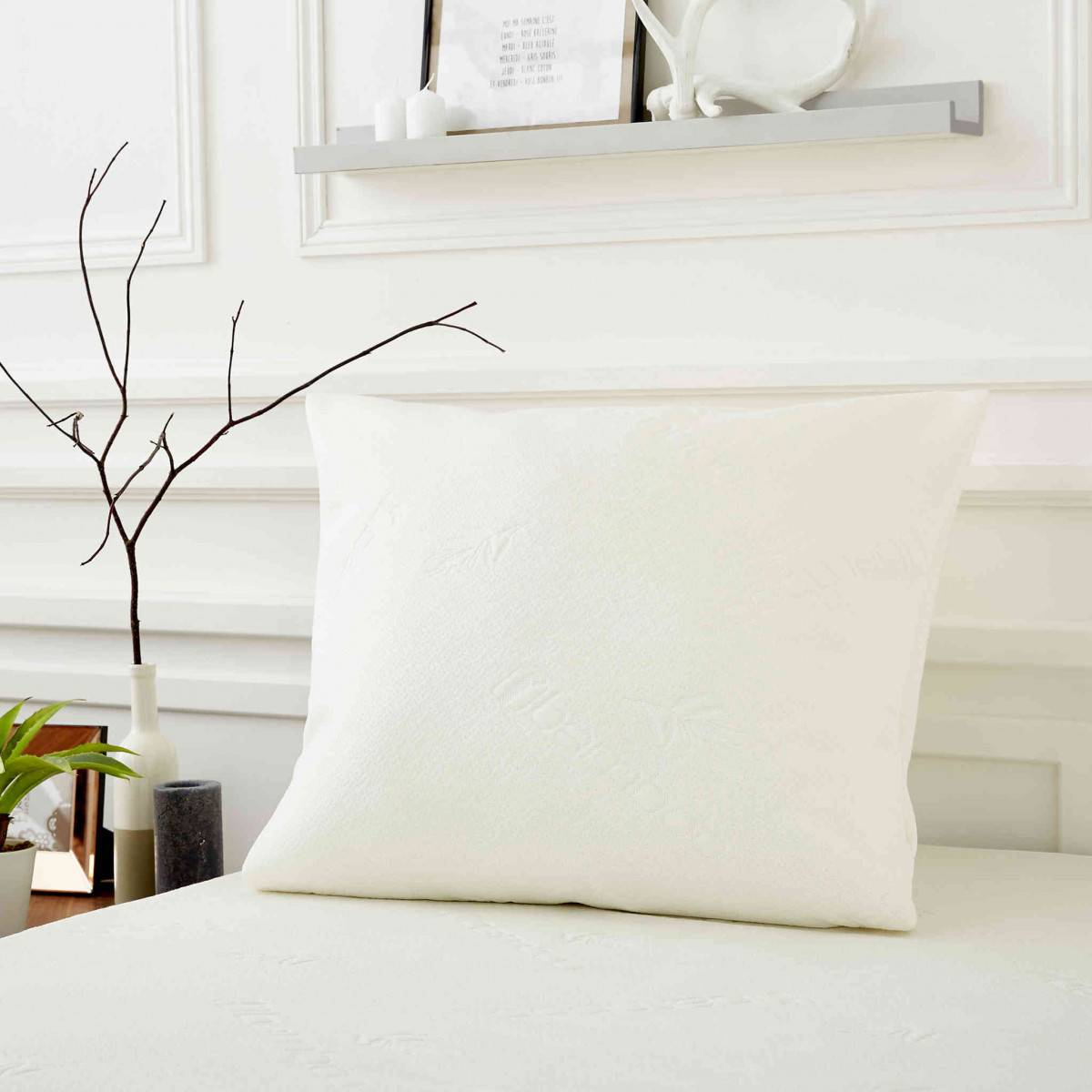 SweetNight Protège oreiller Bamboo soyeux confortable doux et absorbant qualité hôtellerie de luxe avec zip 65x65