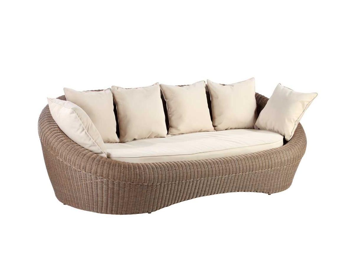 Canapé 3 places de jardin WHITEHEAVEN en résine tressée caramel