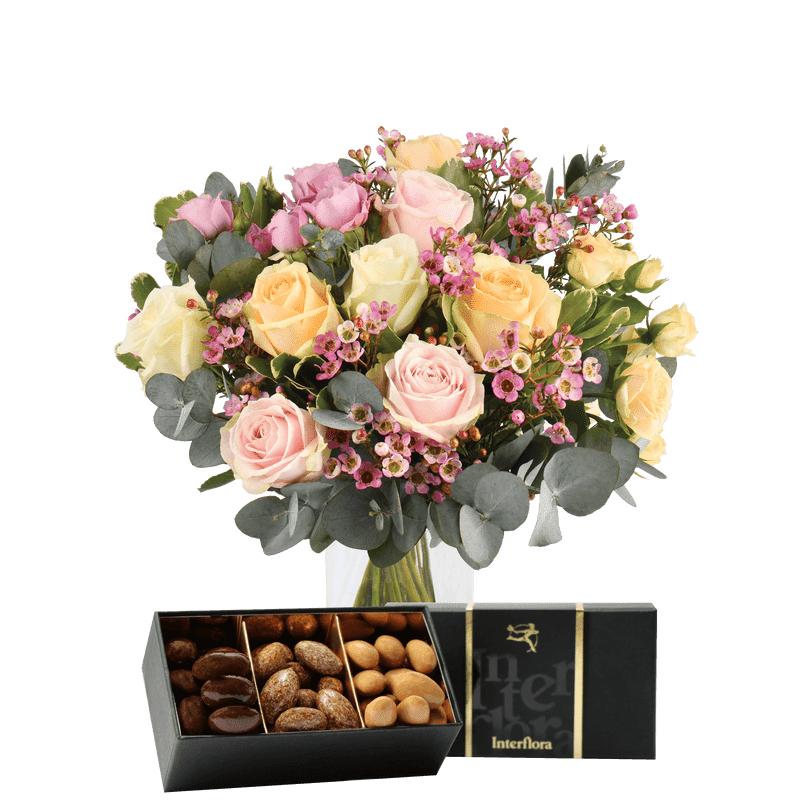 Interflora Bouquet Délicatesse et ses amandes au chocolat - Fleurs & Cadeaux Interflora