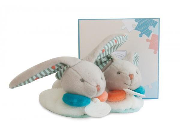 Doudou et compagnie Chaussons avec hochet - lapin happy 6-12 mois