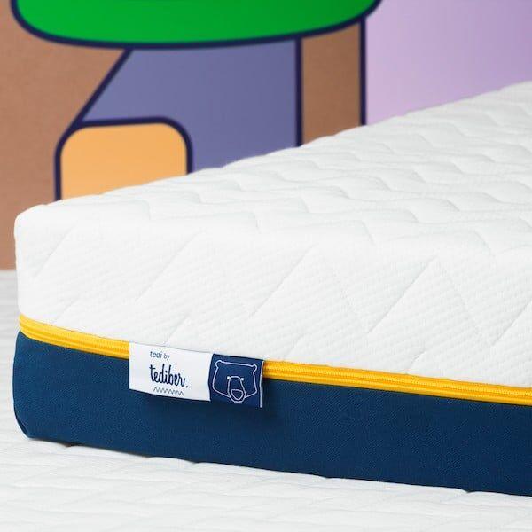 Tediber Matelas bébé 60x120 avec son draps inclus - Fabrication française - 0 à 5 ans - Livraison gratuite 24-48h - 100 nuits d'essai