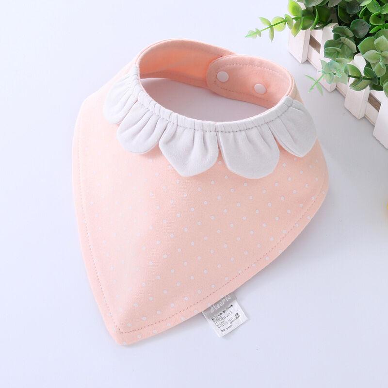 Serviettes triangle pour enfants   Fournitures pour enfants, vente en gros, nouvelle serviette spéciale en coton motif de dessin animé, bavoir à double bouton pour bébés