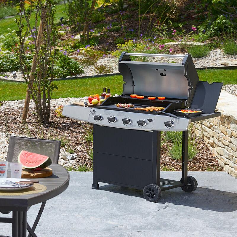 Roster Barbecue gaz 5 brûleurs dont 1 latéral avec plancha et grille de cuisson combinées