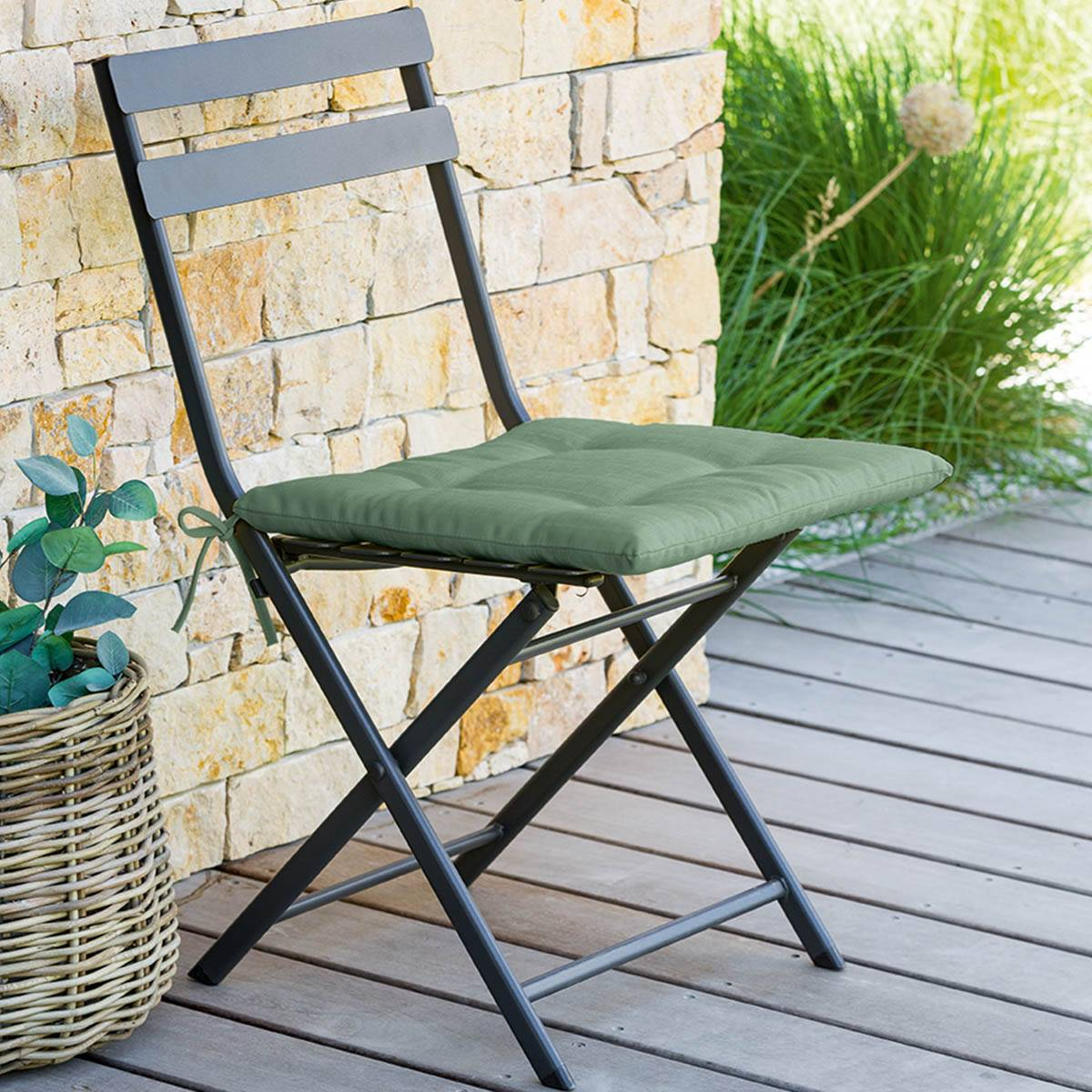 Hespéride Galette de chaise 4 points Korai Vert olive Jardin