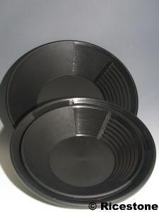 Estwing 1b) Bâtée d'orpaillage plastique; Pan américain Estwing BP-14