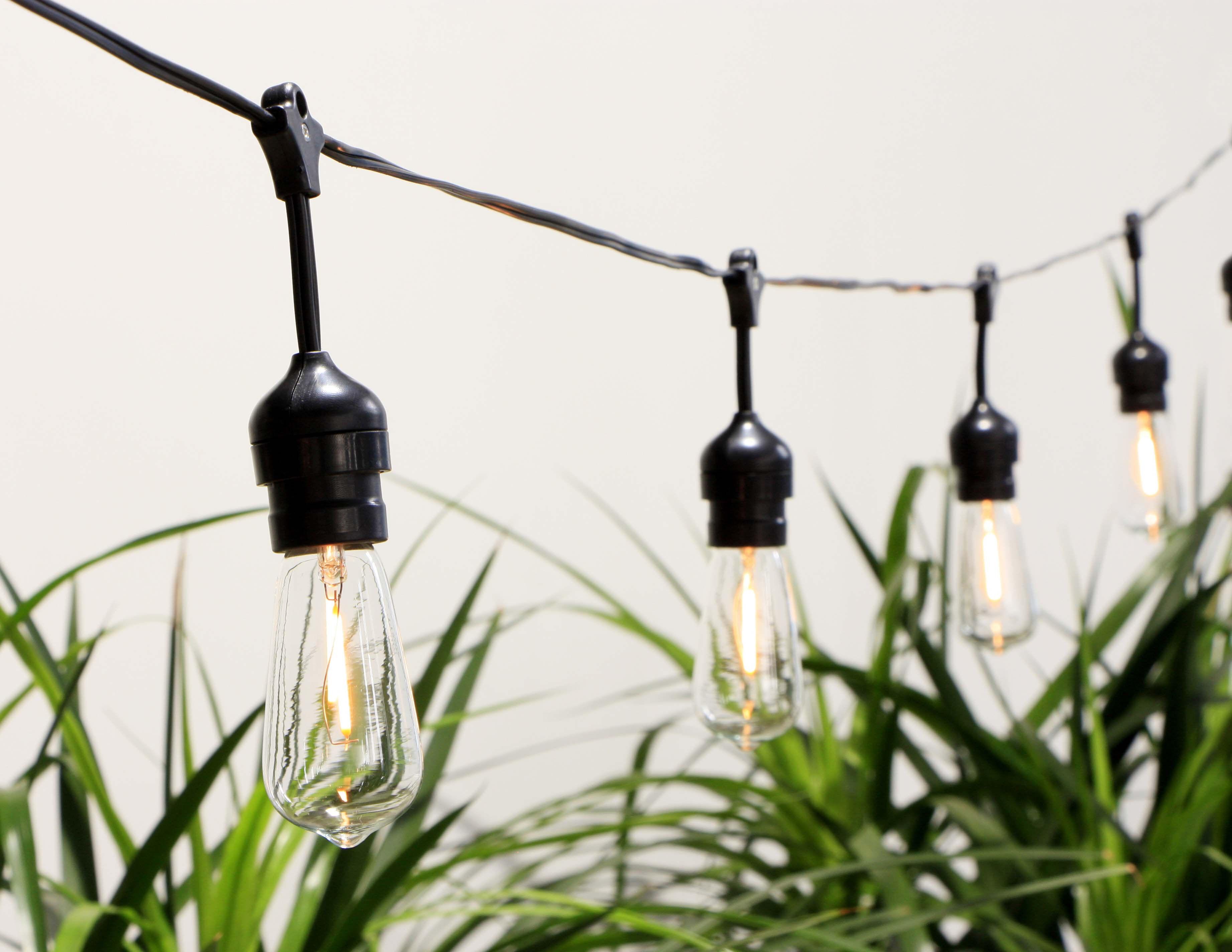 Cémonjardin Guirlande lumineuse solaire 10 ampoules au style Industriel