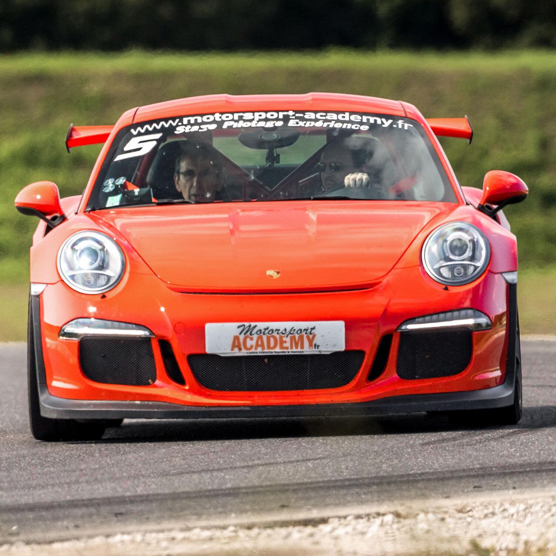 Smartbox Pilotage ou baptême en Porsche Cayman S sur circuit Coffret cadeau Smartbox