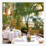 Repas 3 plats pour 2 personnes au restaurant Chez Françoise, à Paris... par LeGuide.com Publicité