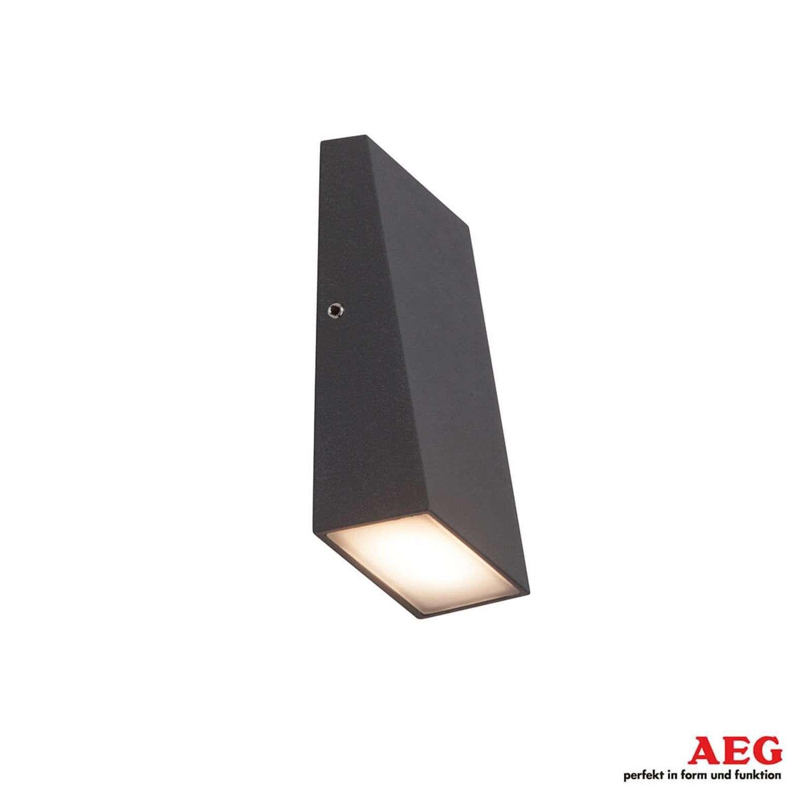 AEG Applique da esterni LED Tivana autopulente