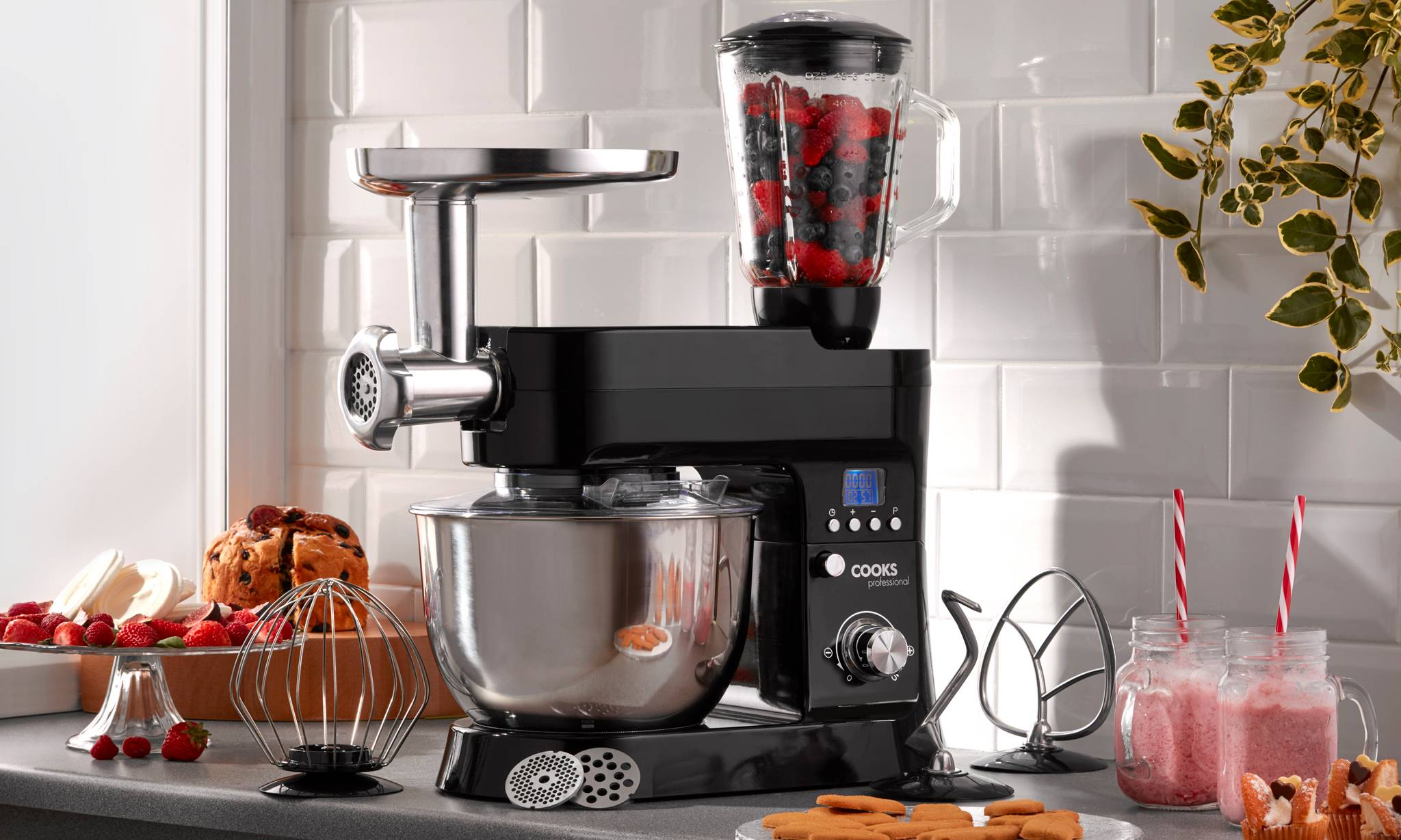 134.99 Cooks Professional 1200W Stand Mixer: Black/With Accessories