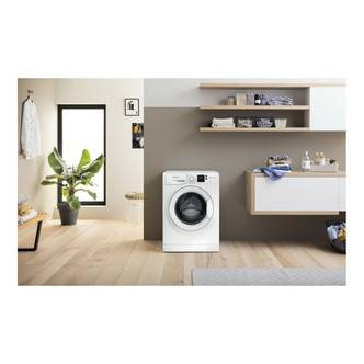 Hotpoint NSWF742UW Washing Machine in White 1400rpm 7Kg E Rated