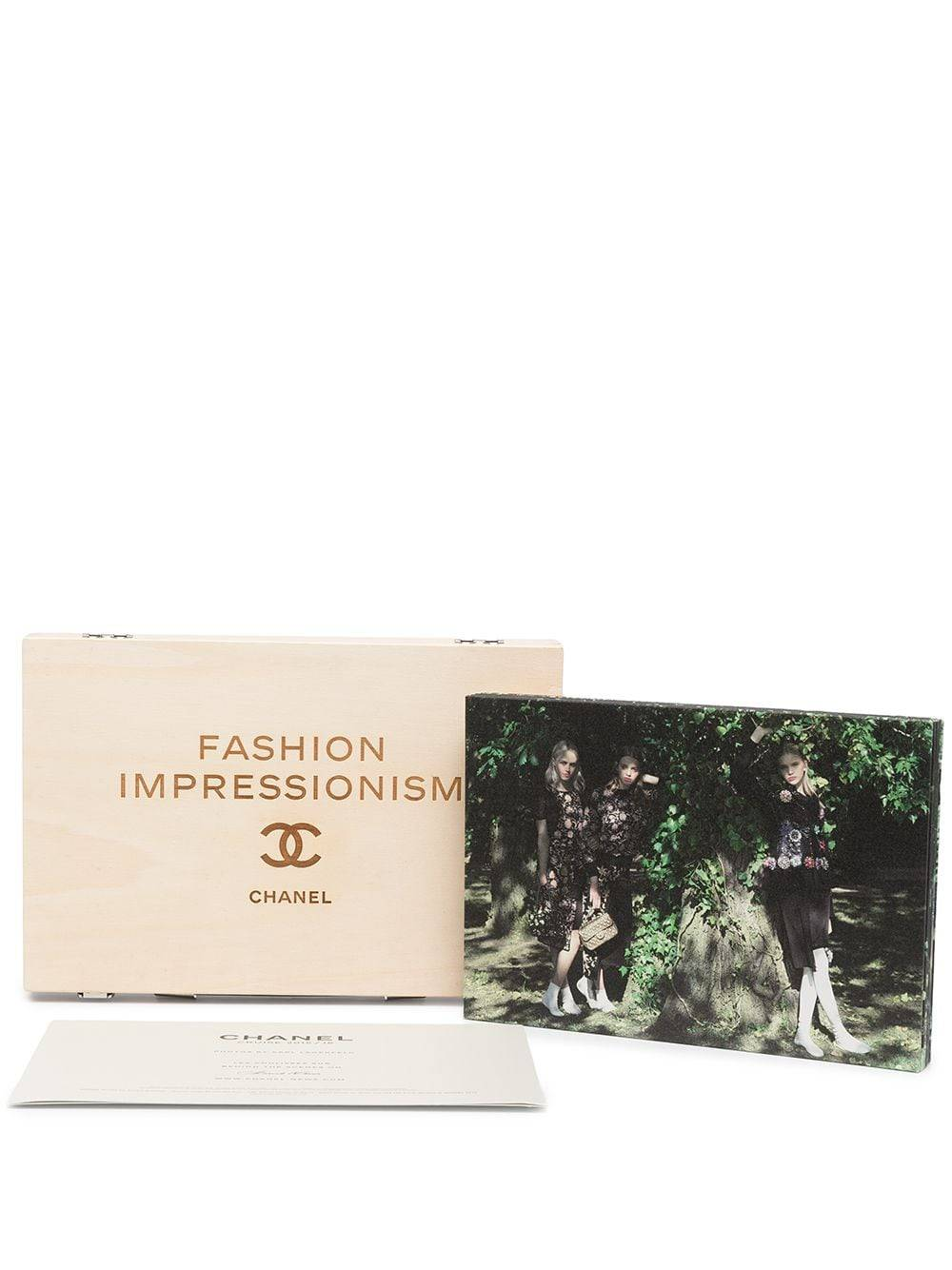 Chanel Pre-Owned 2015-2016 Cruise six pictures and card collection presentation - Brown -Female