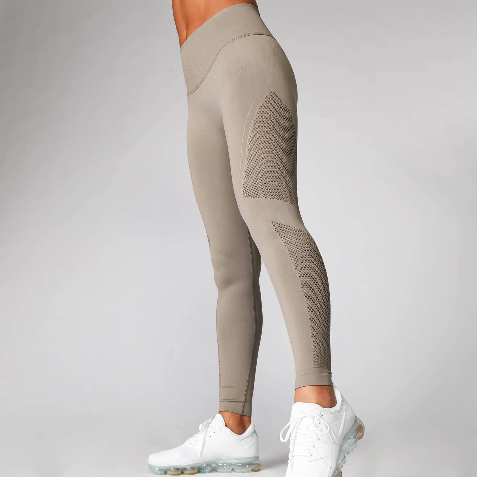 Myprotein Shape Seamless Leggings - Taupe - L