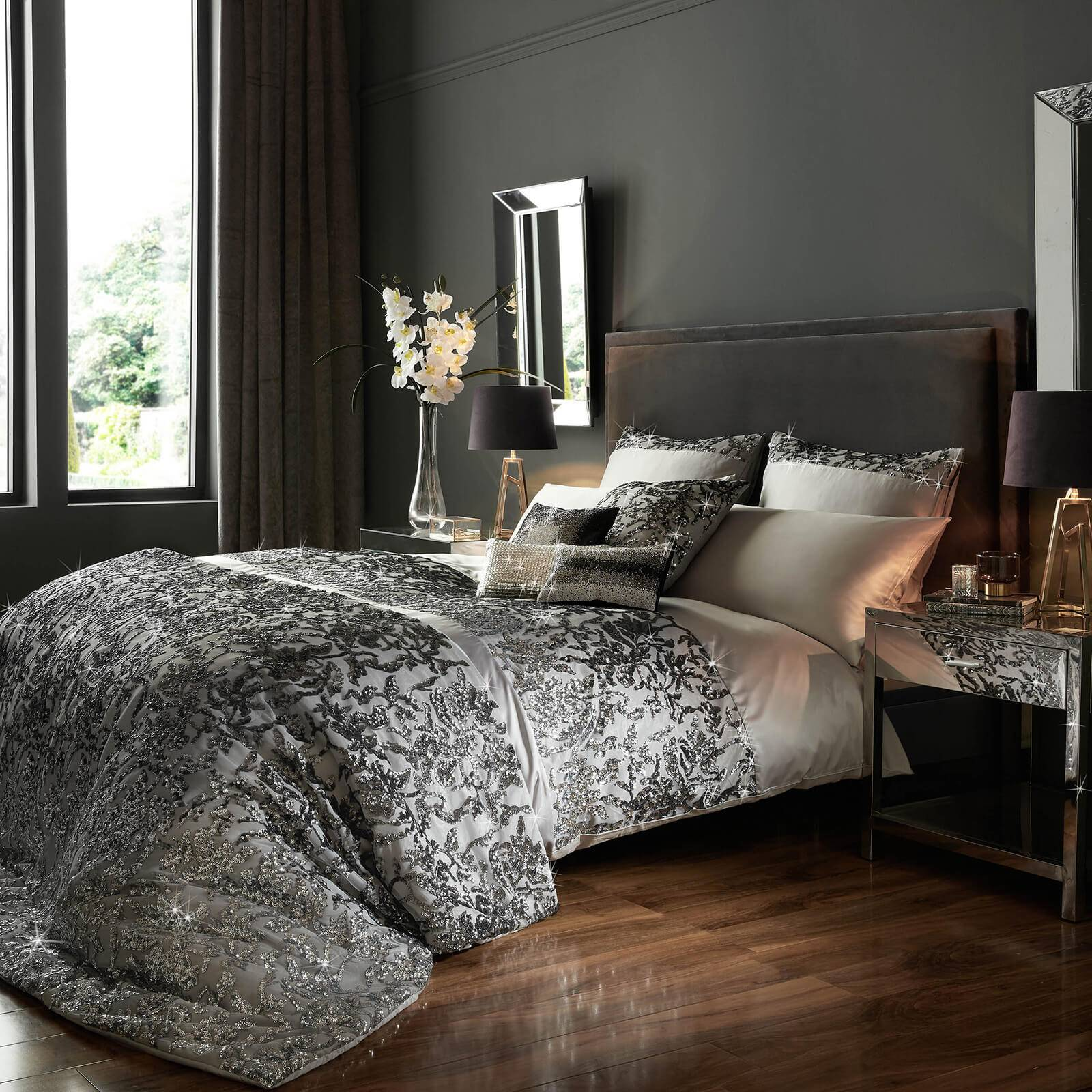 Kylie Minogue Angelina Quilt Duvet Cover - Silver - Super King