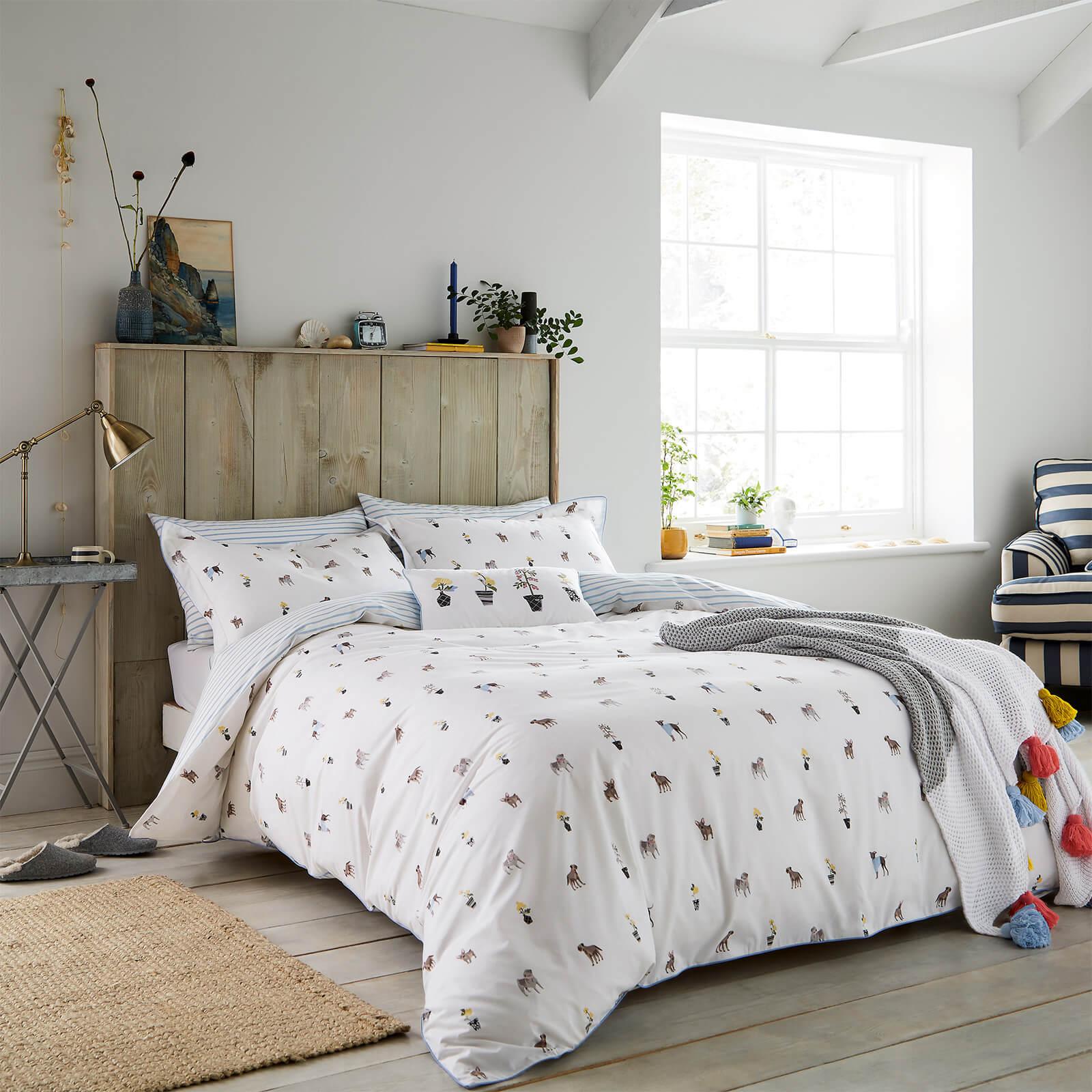 Joules Garden Dogs Duvet Cover - White - Super King