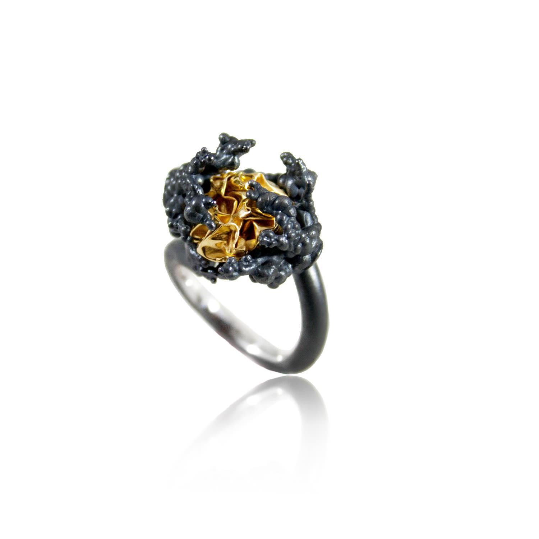Karolina Bik Jewellery - Naphtha Tall Ring
