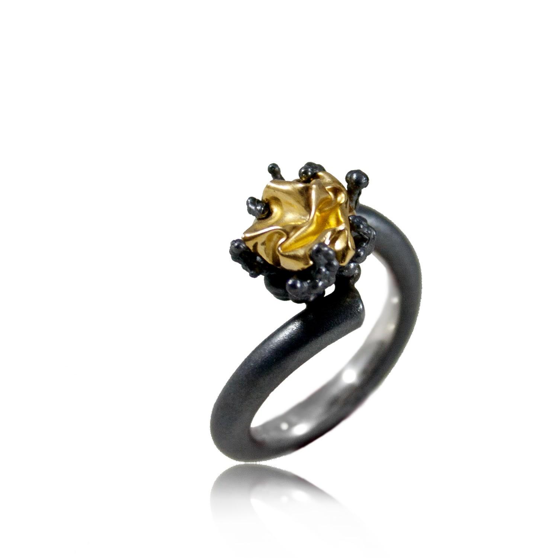 Karolina Bik Jewellery - Naphtha Ring Small