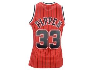 Mitchell & Ness Men's Chicago Bulls Reload Collection Swingman Jersey - Scottie Pippen  - Red/White